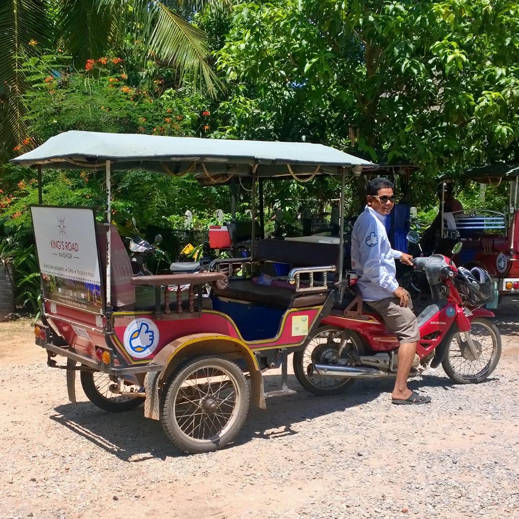 Kambodsja reisetips familie ferie tuktuk tuk-tuk