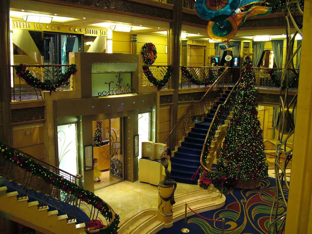 Reisetips for alle som skal reise med familie eller barn til USA eller utlandet på ferie - Jul på Disney Wonder disney cruise
