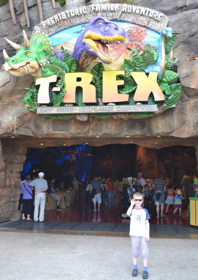 Downtown Disney T-Rex Restaurant Reisetips USA Disney Orlando familiepark Disneyworld Epcot Florida