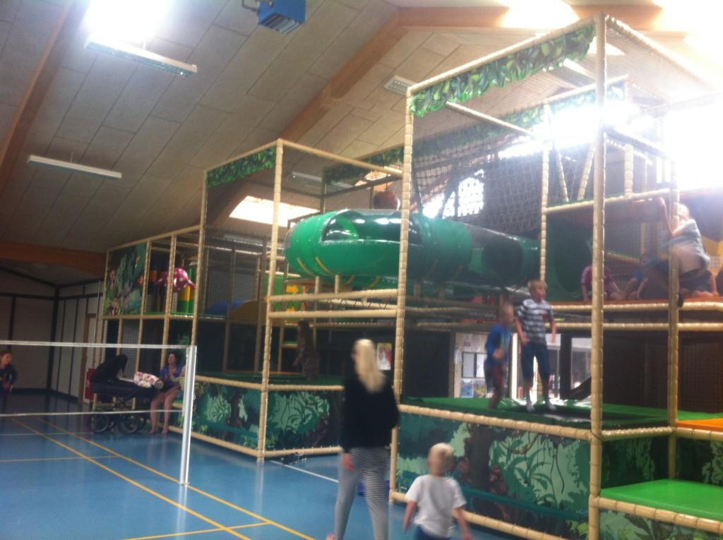 Reisetips for familie og barn er innendørs lekeland på Jambo camping ved Løkken i Danmark