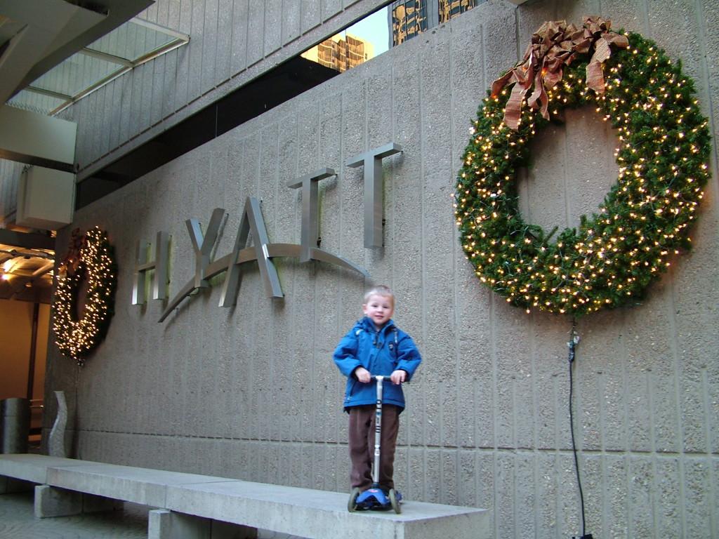 Reisetips for familier, barn og voksne - Hyatt Regency Atlanta med sparkesykkel