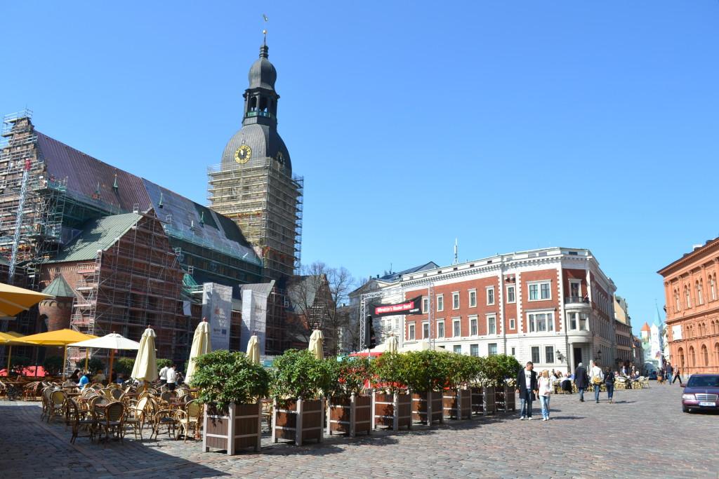 Gamlebyen i Riga med katedralen og smale koselige gater må oppleves når du er på familie eller helgetur