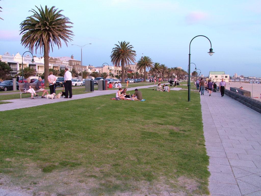Reisetips Australia Melbourne st kilda, populært sted å kite